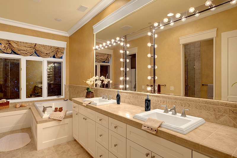 Stage A Bathroom 28 Images Surviving Staged Bathrooms Bathroom Austin Simple Staging Home